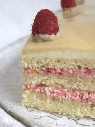 White Opera Cake Bon Bonnerie